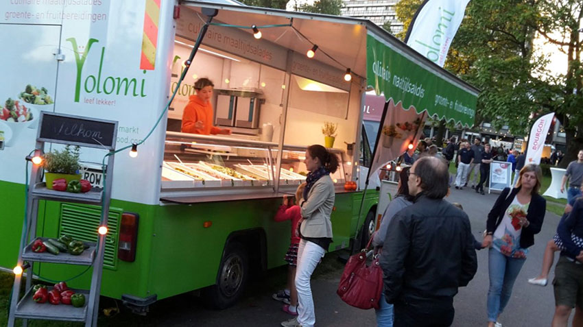 Foodtruck op de markt in Ieper, Kortrijk, Roeselare, Veurne, in West-Vlaanderen en Oost-Vlaanderen