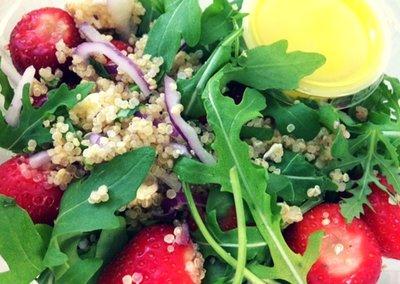Aardbei-quino salade