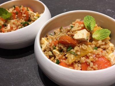 Quinoasalade met sinaasappel en feta